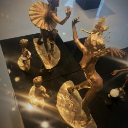 Ballet sculptures